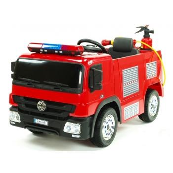 Elektrické hasičské auto s požární výbavou