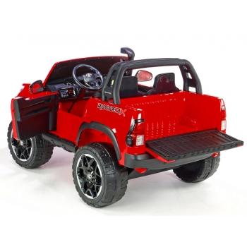 Elektrické autíčko Toyota Hilux Rugged-X s 2.4G, 4x4, dvoumístná, červená